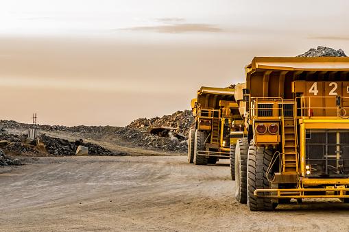 Mining Platinum