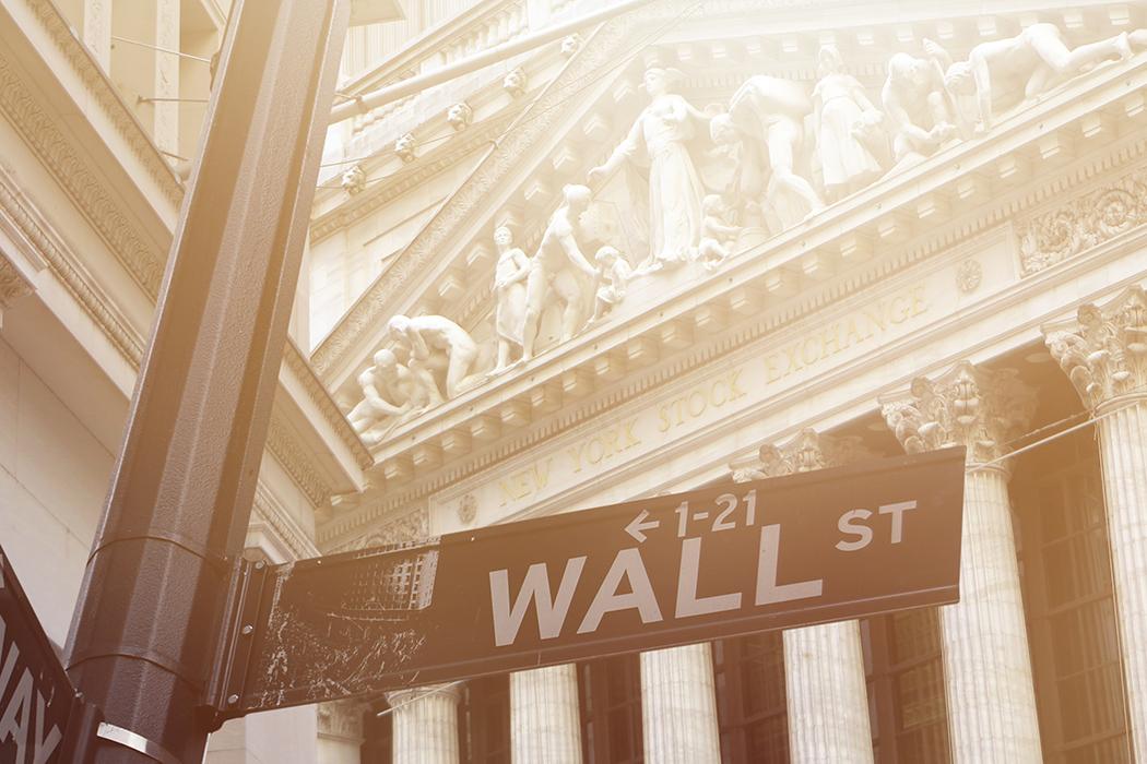 NY Bank Hoard Wall Street