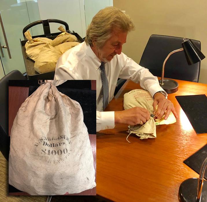 NY Bank Hoard Garrett Opening Bag